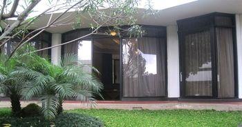 Surya Hotel & Cottages Prigen, Mojokerto
